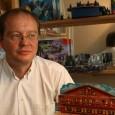 Jens-Peter Schliemann erfindet Brettspiele und macht die Welt damit etwas erträglicher.